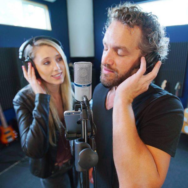 iK Multimedia iRig Mic Studio Vocal