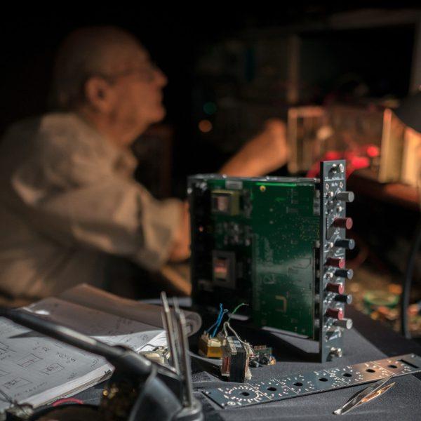 Rupert Neve Design Shelford 5052 Laboratory