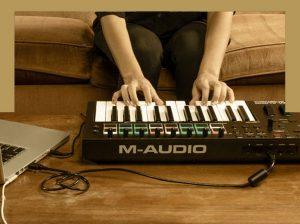 میدی کیبورد کنترلر جدید ام آئودیو M-Audio-Oxygen-PRO-Series