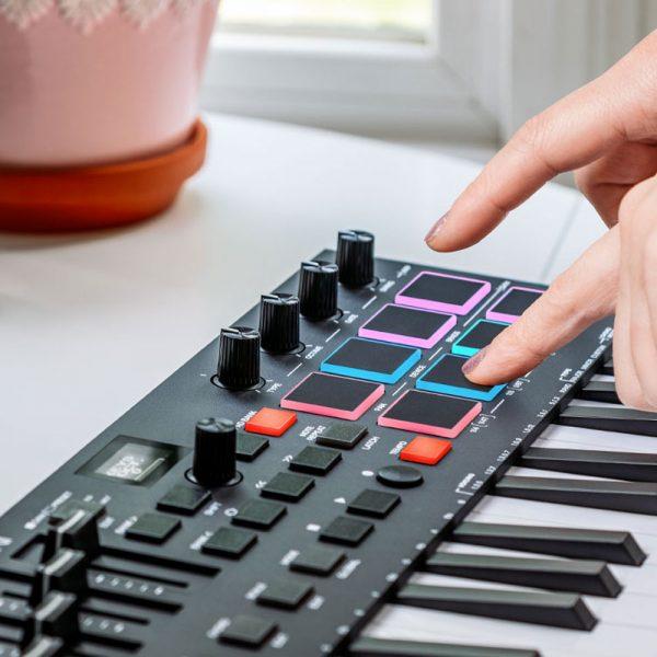 M-Audio Oxygen Pro Mini Finger Pad